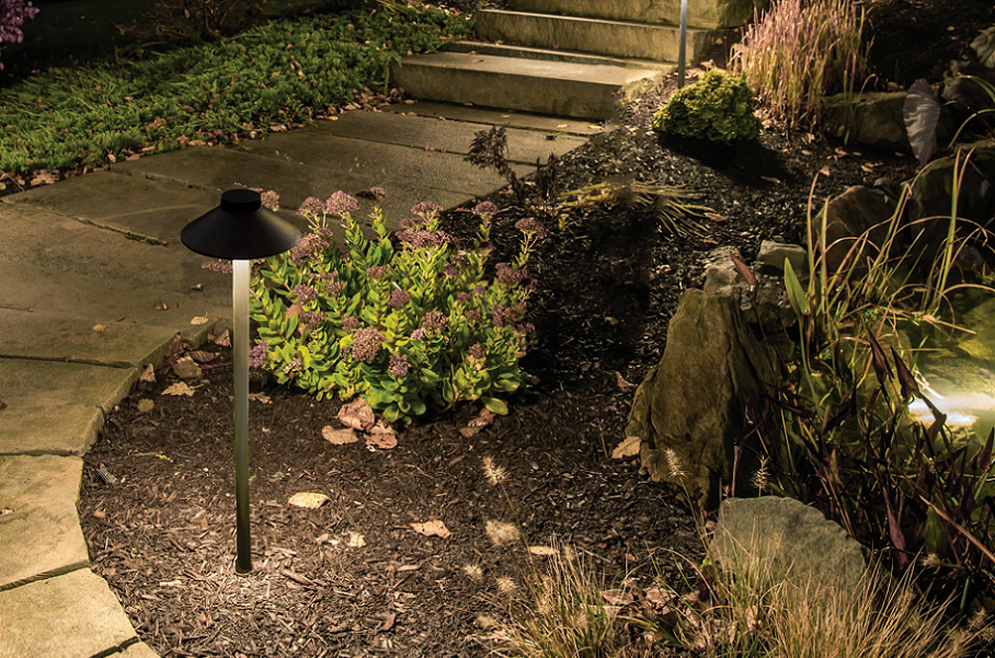 """Achieve the """"Wow Effect"""" with WAC Landscape Lighting"""